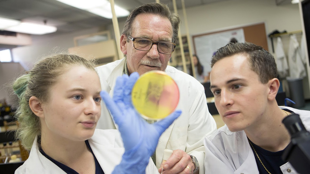 Students conduct undergraduate research at Cal U.