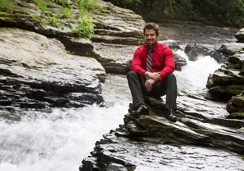 ared Bundy '10, director of interactive marketing for the Laurel Highlands Visitor Bureau, uses skills he learned at Cal U to help promote the outdoor attractions of southwestern Pennsylvania.